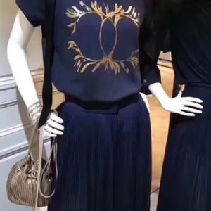$2750 Chanel 18C Cruise Greece Navy Pleated Pants